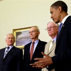 President Obama with Apollo 11 astronauts, from left, Buzz Aldrin, Michael Collins and Neil Armstrong at the White House in 2009 for the 40th anniversary of the first moon landing
