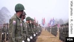 Tentara Birma pada sebuah parade Militer di negara tersebut.