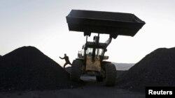 中國黑龍江一媒礦場。
