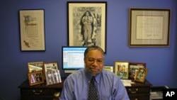 Lonnie Bunch, Direktur Museum Nasional Sejarah Kelompok Warga Amerika Keturunan Afrika (foto: dok.)