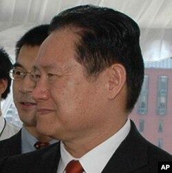 中共中央政法委书记周永康(资料照)