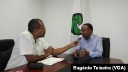 Ulisses Correia e Silva, presidente do MpD, e Eugénio Teixeira, correspondente da VOA
