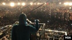 وزیر اعظم عمران خان کا پارلیمانی پارٹی سے خطاب میں کہنا تھا کہ انہیں حزب اختلاف کے احتجاجی جلسوں سے کوئی پریشانی نہیں ہے۔