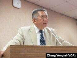 台湾执政党国民党立委杨应雄(美国之音张永泰拍摄)