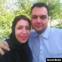 «بهفر لالهزاری» در کنار همسر خود «رضوان احمدخانبیگی» زندانی سیاسی در ایران