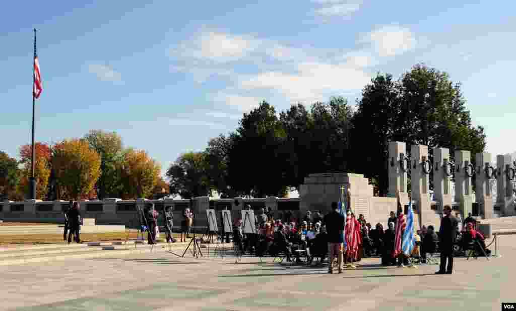 Ο χώρος της εκδήλωσης στο μνημείο του Δευτέρου Παγκοσμίου Πολέμου