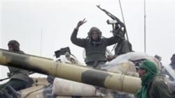 فايننشال تايمز: منطقه ممنوعه تحرک هر گونه خودروی نظامی برای ليبی اعلام شود