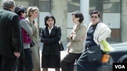 ნინო ბურჯანაძე - საქართველოს პარლამენტის პირველი თავმჯდომარე ქალი (2001-2008) და ხათუნა გოგორიშვილი, ოთხი მოწვევის (2004-2016) პარლამენტის წევრი