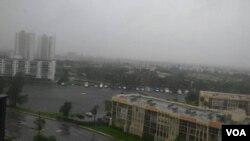 Irma ဟာရီကိန္းအေျခအေန ဖေလာ္ရီဒါနယ္ခံ ျမန္မာတဦးနဲ႔ေမးျမန္းခ်က္