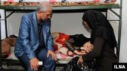 بازدید علی ربیعی از یک مرکز ترک اعتیاد زنان