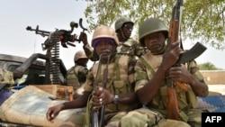 Soldats dans le camps militaire de Bosso, au Niger, le 17 juin 2016.