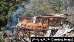 پاکستان کی فوج اور دفتر خارجہ نے متاثرہ علاقے کی تصاویر بھی جاری کی ہیں