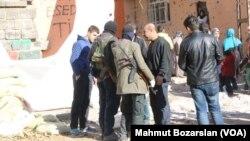 به دنبال خشونت ها، مقامات ترکیه اعلام مقررات منع آمد و شد شبانه در سراسر منطقه کردند - آرشیو
