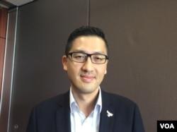 香港立法会议员林卓廷 (美国之音记者申华拍摄)