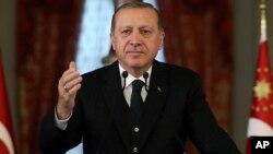 Presiden Recep Tayyip Erdogan berbicara di Istanbul, Turki (20/10).