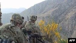 AQShda afg'on strategiyasining ikki yo'nalishi muhokamada