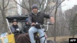 حس خوشبختی راننده چرخ های سه چرخه نیویورک
