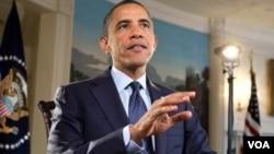 Barack Obama dijo que el gobierno está dando a agricultores y rancheros acceso a préstamos de emergencia por la sequía.
