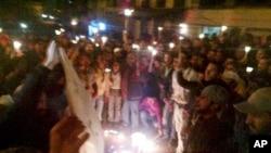 تداوم احتجاجات مردم سوریه در جریان شب
