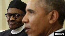 미국을 방문 중인 무함마두 부하리 나이지리아 대통령(왼쪽)이 20일 백악관 집무실에서 바락 오바마 대통령(오른쪽)과 회동했다.