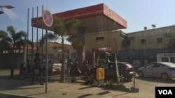 Bomba gasolina Sonangol Luanda