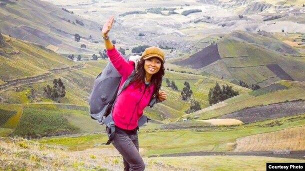 Chị Nguyễn Phương Mai là Phó Giáo Sư Tiến sĩ chuyên ngành giao tiếp và quản trị đa văn hóa, hiện đang giảng dạy tại Đại học Khoa học Ứng dụng Amsterdam, Hà Lan.