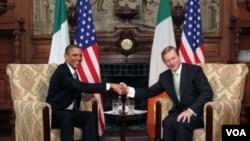 Barack Obama i premijer Enda Kenny u Dublinu 23. svibnja