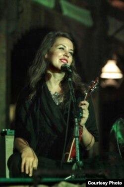 Hannah Standiford, penyanyi keroncong di Pittsburgh, AS (dok: Hannah Standiford)