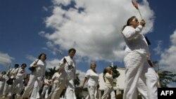 «Женщины в белом». Куба. Архивное фото.
