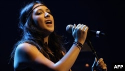 Michelle Branch performing in 2009.