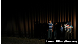 VOA: EE.UU. Debate sobre inmigración