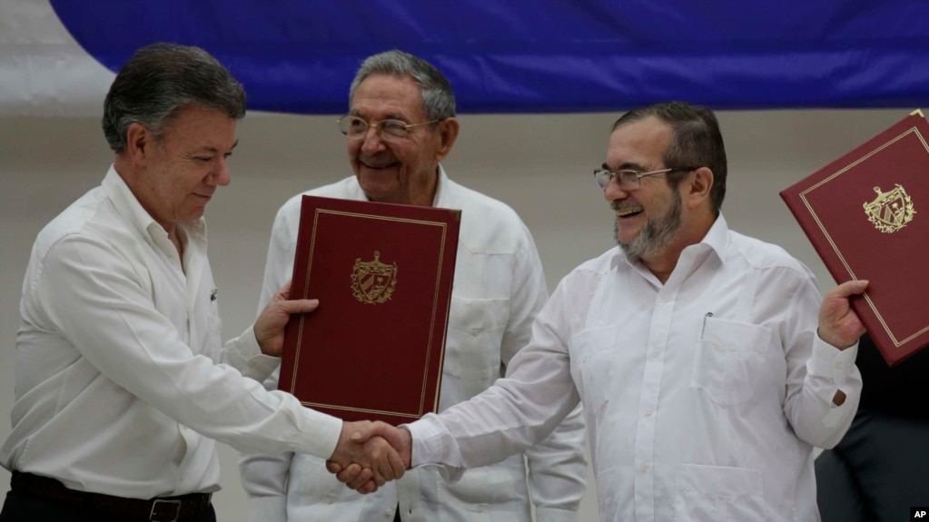 Colombia Farc Rebels Sign Ceasefire Agreement