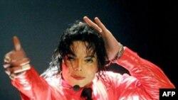 فیلم کنسرت مایکل جکسون به زیبائی آن چه را که می توانست باشد نشان می دهد