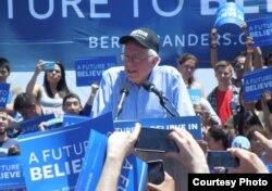 Ứng viên tổng thống Bernie Sanders vận động tranh cử ở San Jose, California (ảnh Bùi Văn Phú)
