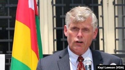Eric Stromayer, l'ambassadeur des Etats Unis d'Amérique au Togo à Lomé, le 23 août 2019. (VOA/Kayi Lawson)