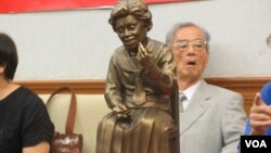 台湾民间团体举行设立慰安妇雕像记者会