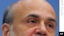 Bernanke Predicts Moderate Economic Growth