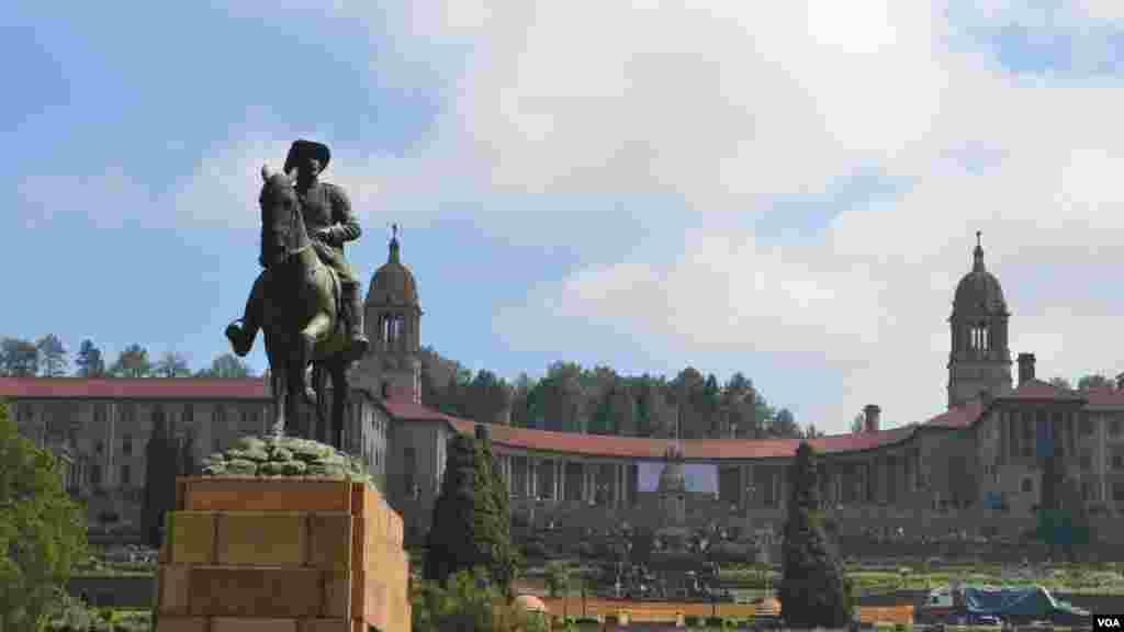 Edificio Unión, la sede del gobierno en Pretoria. [Foto: Ramón Taylor, VOA].