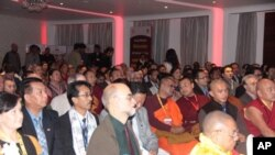 Karmapa Addresses Global Buddhist Congregation