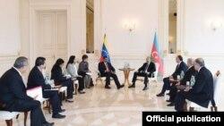 İlham Əliyev və Nikolas Maduro