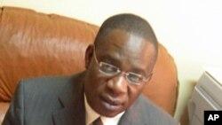 Director provincial de Educação do Namibe, Pacheco Francisco, acusa Ministério das Finanças