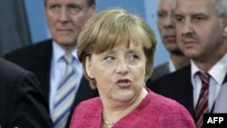 Thủ tướng Đức Angela Merkel kêu gọi Miến Điện cải thiện thành tích nhân quyền trước khi được phép đảm nhận chức chủ tịch ASEAN