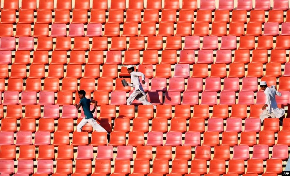 Banqladeş - Zəhur Əhməd Çouduri stadionu