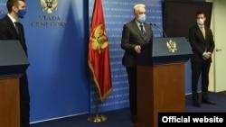 Novi crnogorski premijer Zdravko Krivokapić govori na konferenciji za novinare u Vladi Crne Gore (Foto: Gov.me/S.Matić)