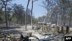 Các vụ cháy rừng tiếp tục tàn phá bang Texas ở miền nam Hoa Kỳ