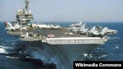 """美國最後一艘常規動力航母""""小鷹號""""。(資料圖片)"""