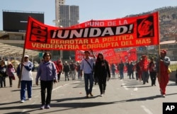 Người lao động tuần hành ở thủ đô La Paz của Bolivia, ngày 1 tháng 5, 2016.