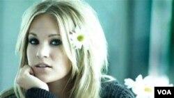 Carrie ayudó a escribir siete de las 13 canciones en el nuevo álbum.