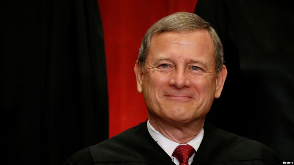 Trump Begins Thanksgiving by Renewing Spat with Chief Justice