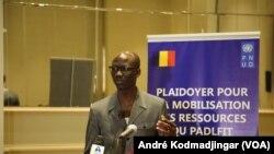Issa Doubragne, ministre tchadien de l'Economie et de la planification du développement, au Tchad, le 9 mai 2018. (VOA/André Kodmadjingar)